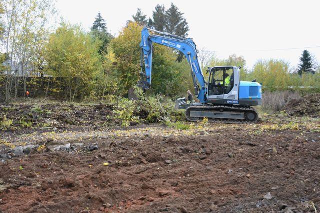 20.10.2020: Räumungsarbeiten an der Grenze zur Parzelle Veronika Maraite