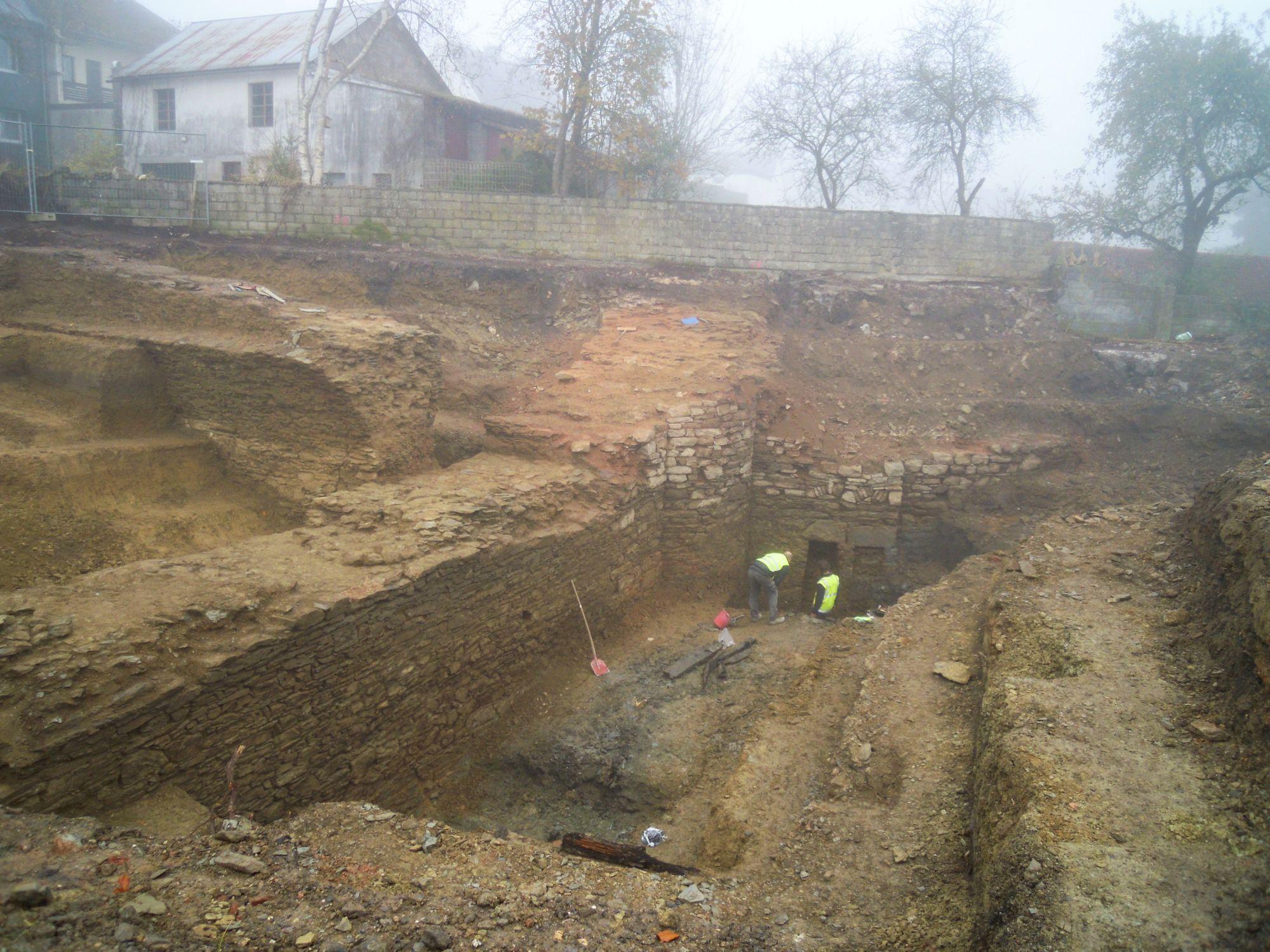 10.11.2020: Die Funde im nördlichen Areal nehmen beeindruckende Ausmaße an.